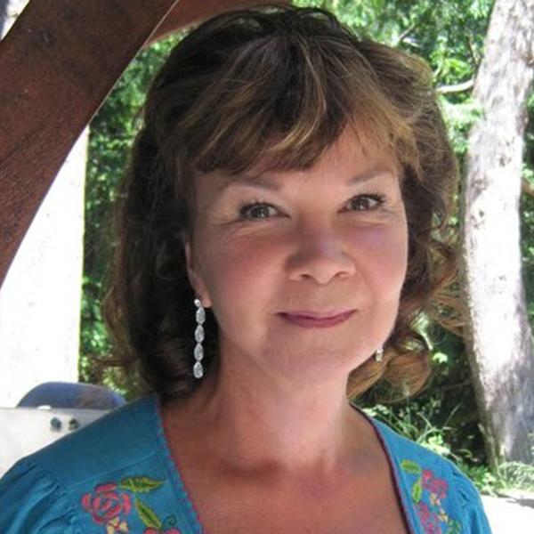 Carol McKinnon